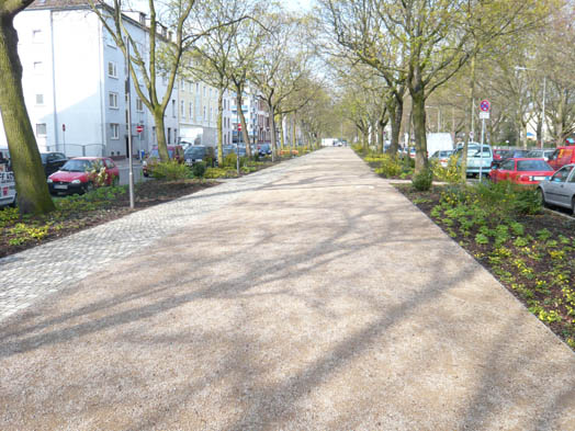 Photo of the redesign of Frankenallee, photo: Projektsteuerung K. Esser, Frankfurt, © Stadtplanungsamt Stadt Frankfurt am Main